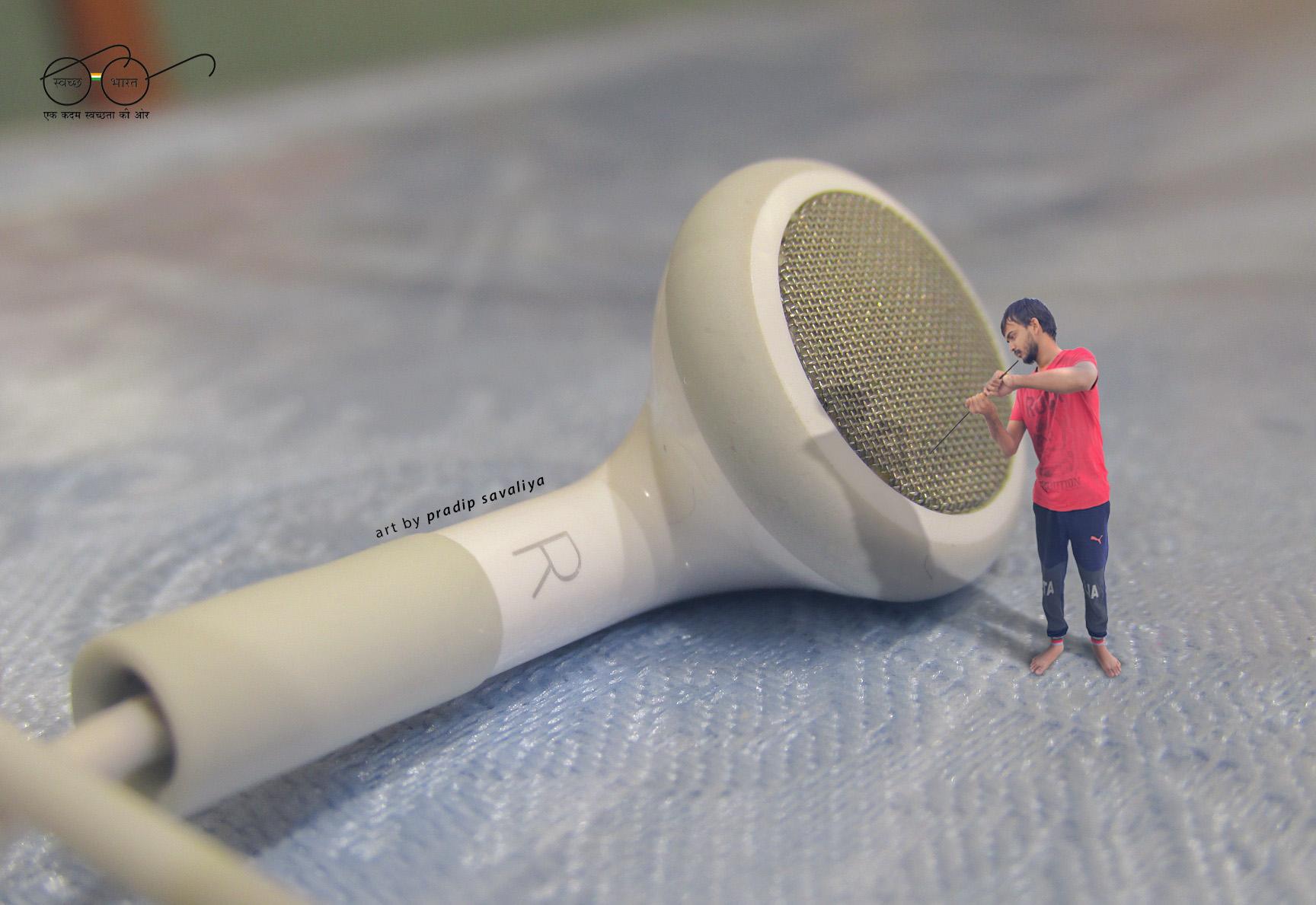 03PS earphones-729412_1920